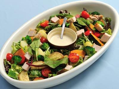 チキンと温野菜のサラダ